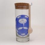 Glasbehälter mit Holzlöffel für Meersalz